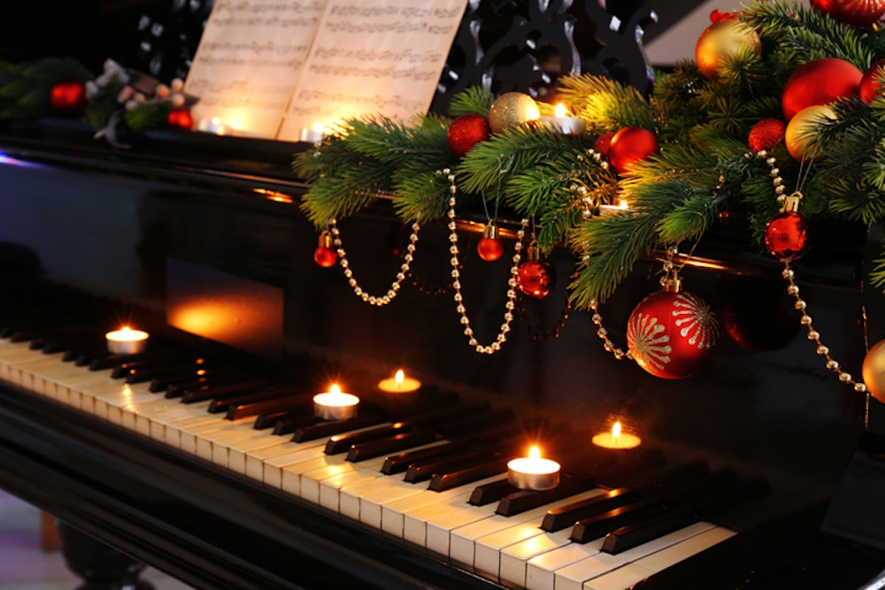 Piano Candles Christmas